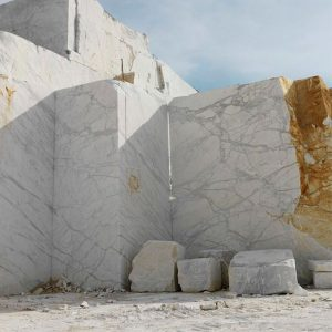سنگ ساختمانی با چه ابعادی از معدن استخراج می شود؟